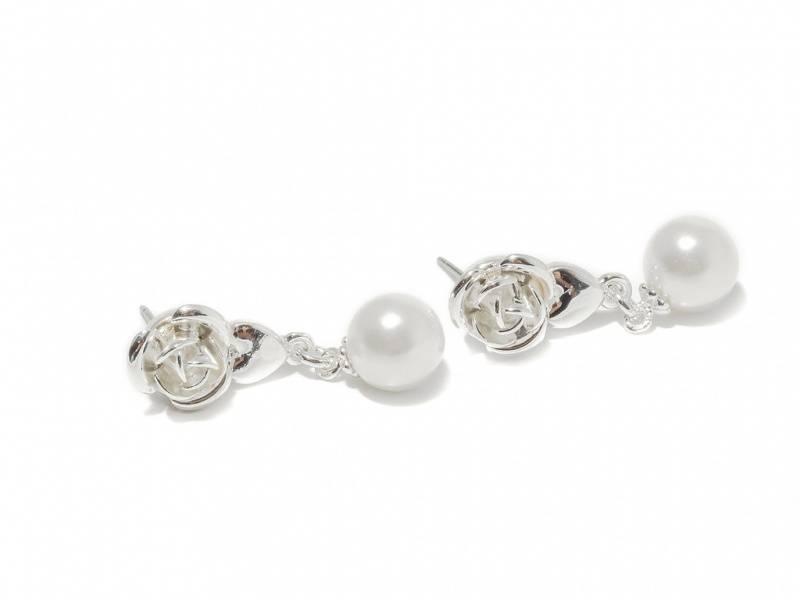70126 Øredobber med rose og hvit perle hengende
