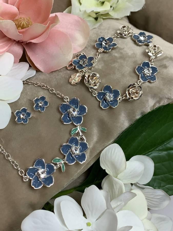 80150 armbånd blå blomster